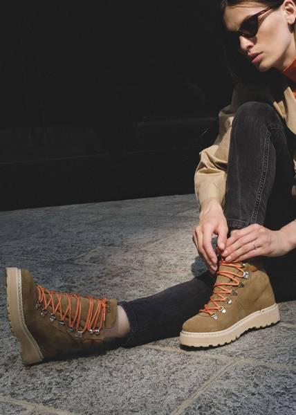 Bilde av MONO - W Hiking Suede Boots